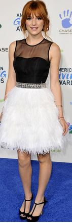 Bella Thorne MC